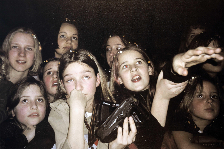 """050300-0223 Oli P. Konzert, aus der Serie """"Nightlife"""",Digitaldruck auf Leinwand; Leihgabe des Förderkreises der Kunsthalle Mannheim e.V. seit 2003; © VG Bild-Kunst, Bonn 2013"""